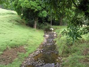 L'un des nombreux cours d'eau de la Vallée
