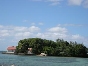 L'îlot Mouchoir Rouge vu depuis le Water front de Mahébourg