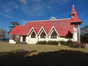 L'église avant sa rénovation en été 2013
